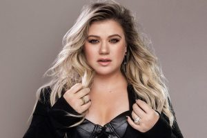 Kelly Clarkson - Move You