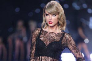 Dress - Taylor Swift